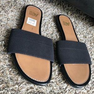 Thick black strap sandals